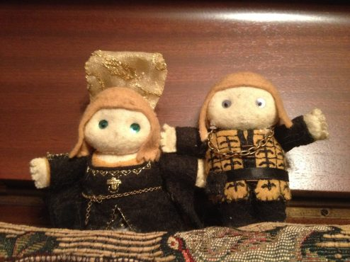 Queen Juana and King Phillip as Deri Dollshttps://www.facebook.com/pages/DeriDolls/412802558758274?sk=photos_stream
